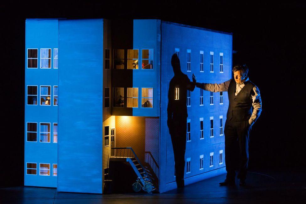 Robert Lepage dans 887 © Victor Tonelli/ArtComArt